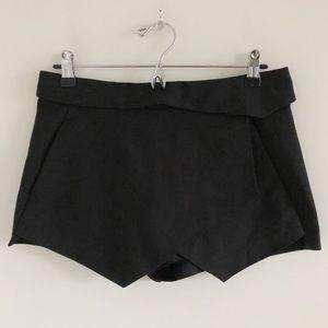 🆕 ZARA Black Origami Skort Size Small